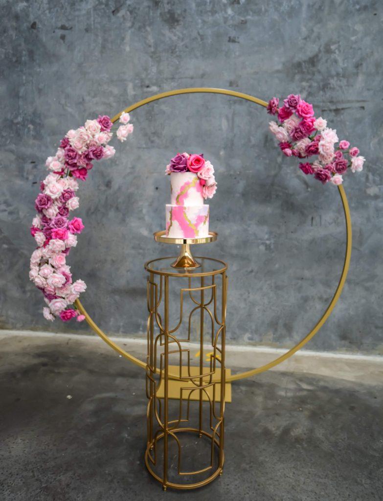 amina gold hoop